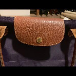 Women's large longchamp le pillage bag. Purple.